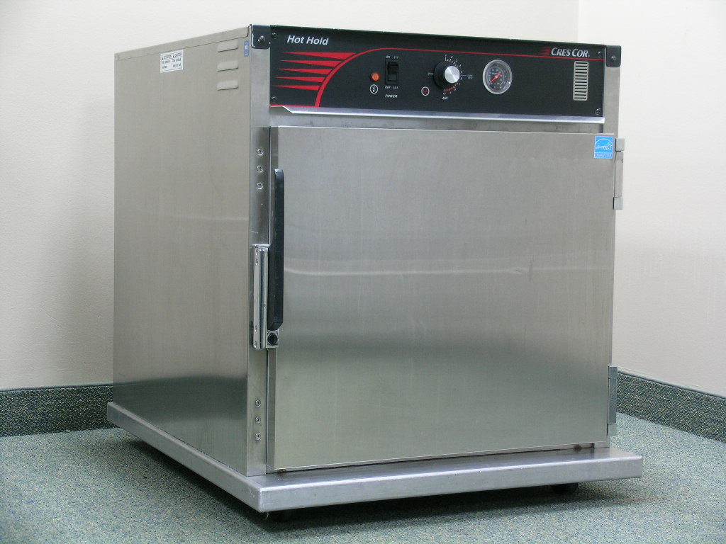Cres Cor H-137-SUA-5C Heated Cabinet